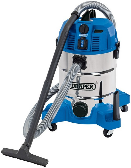 Draper DRAPER 30L Wet and Dry Vacuum Cleaner with Integrated 230V Power Socket (1600W)