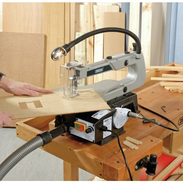 Focus on: 405mm Scroll Saw, from Draper Tools!