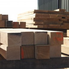 Fresh Sawn Oak Posts 125x125 Beams 2.4m