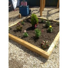 Oak square raised bed