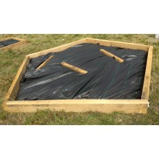 Oak polygon raised bed