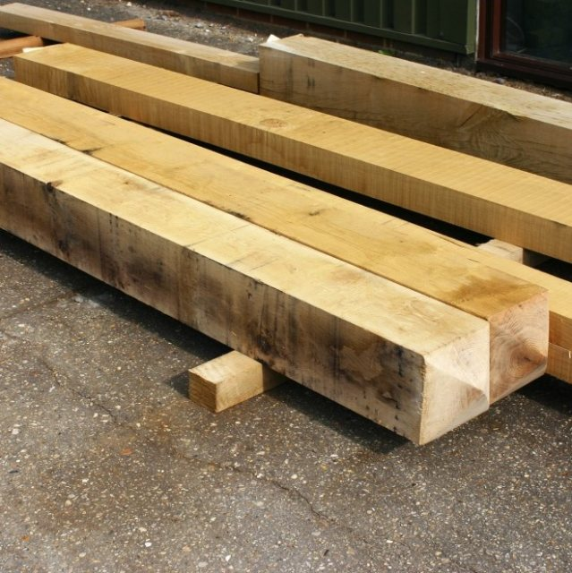 Yandles Fresh Sawn Oak 4 Way Top Gate Posts 125mm x 125mm x 2.4m