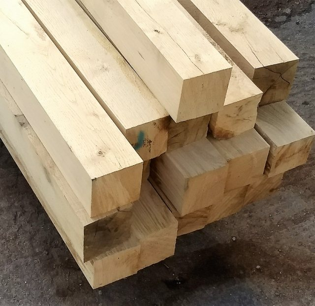 Yandles Fresh Sawn Oak Posts 100x100 Beams 3m