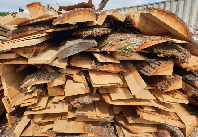 Yandles Green Oak Hardwood Firewood Bundle Wet Timber 'Tonne' Weight BIG Bundle